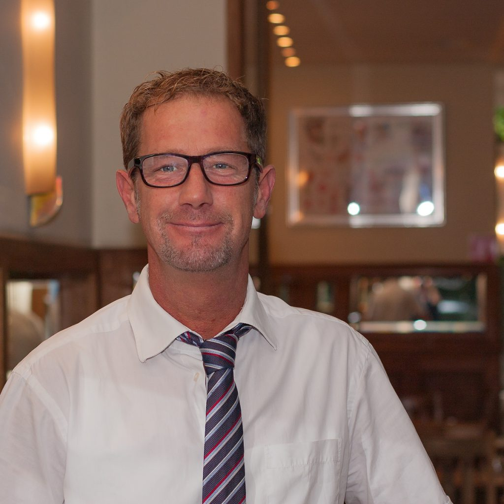 Andreas Bessler - Service